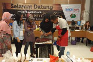 training seminar workshop laundry cuci sepatu 300x200 - Gallery